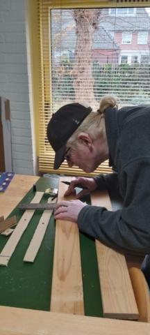 Het aftekenen van het hout